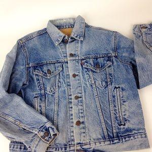 Vintage Levi's Denim Trucker Jacket USA 42